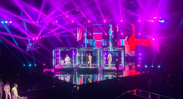 Cinstar display lights up Oslo Spektrum Arena